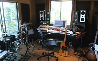 Your home studio-grungeisdead.jpg