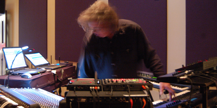 Steve Roach & Vir Unis - The Electric Body