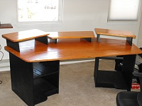 Designing a production based studio desk..Help? Examples?-dscf0094.jpg
