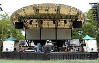 Paul van Dyk -- SummerStage -- Made in Central Park 2007-pvdstageearly.jpg