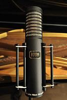 Can't decide which mics make this violin sound the most appealing :) Schoeps, Samar-arm-1s-1000.jpg