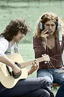 Zeppelin recording outdoors w/out windscreens-page-plant.jpg