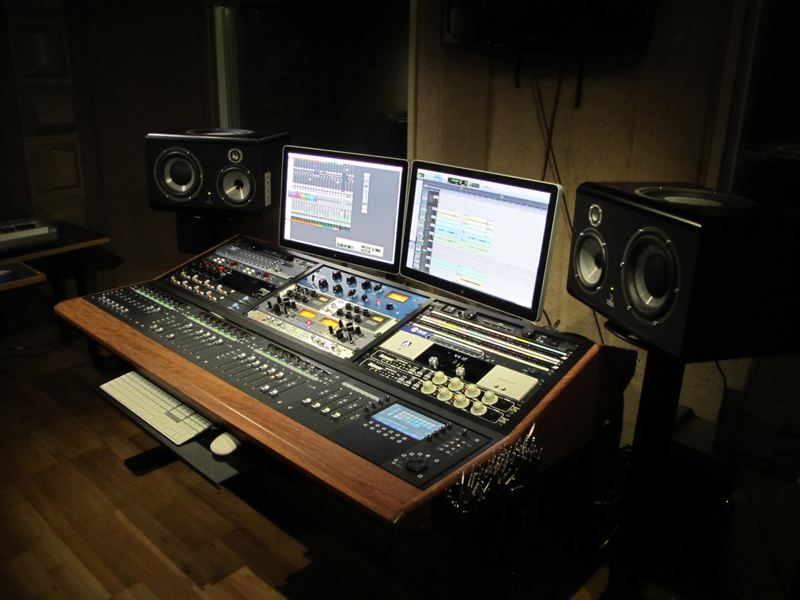 Sterling Modular Multi Station Artist Series Desk User Review Gearslutz Pro Audio Community