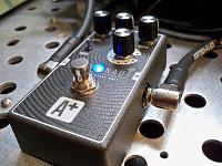 Shift-Line Astronaut A+ Multiverb Space Unit-pedal2.jpg
