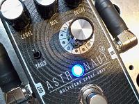 Shift-Line Astronaut A+ Multiverb Space Unit-pedal4.jpg