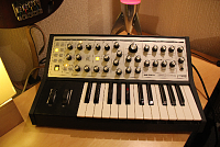Arturia Keylab Essential 61-klmoog.png