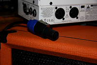 Orange Amplification Terror Bass amp & OBC-112 cab-terror-speakon.png