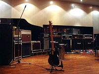 Pictures of Mic'ed up GUITAR CABS-amps-5s.jpg