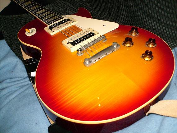 Counterfeit guitars asian
