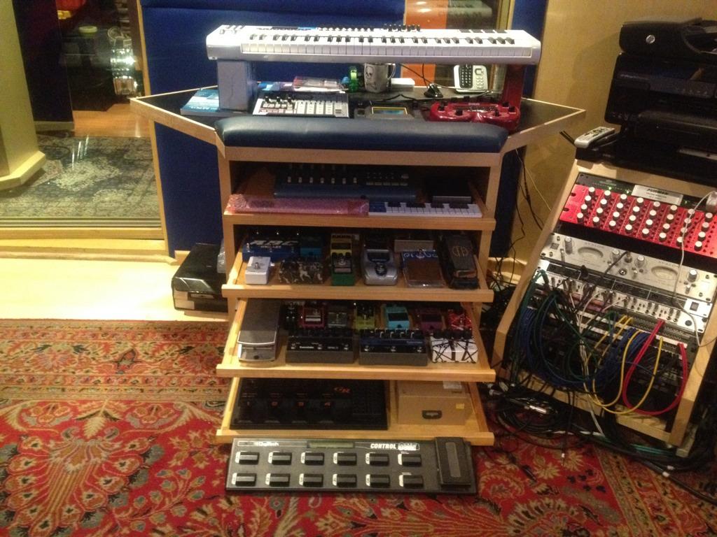 guitar pedal racks?-imageuploadedbygearslutz1358119924 025977 jpg