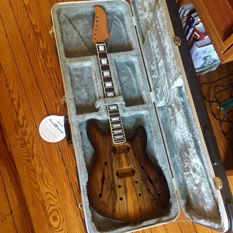Warmoth Mooncaster - Gearslutz