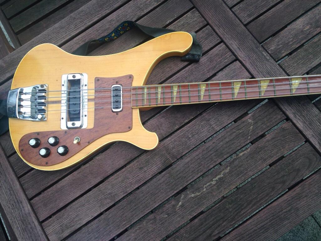 1975 Rickenbacker 4001 Real  Fake