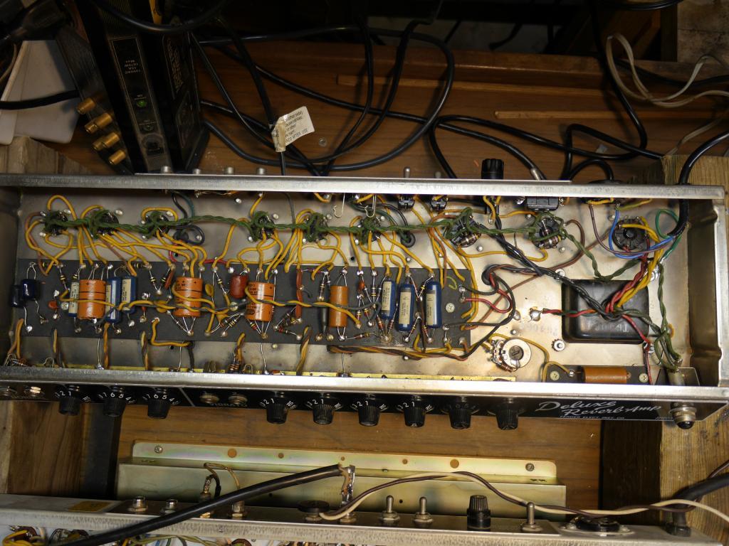 Alligator Skin 1964 Fender Deluxe Reverb - Page 2 - Gearslutz