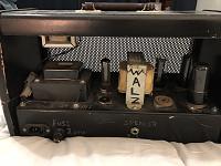 Help me identify this homemade amp-3426aa50-d4eb-45ed-95ce-fcd41841f071.jpg