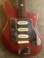 Help identifying this guitar-body.png