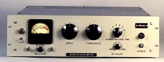 Forget mnixing - The ultimate tracking outboard?-mercury_66f.jpg