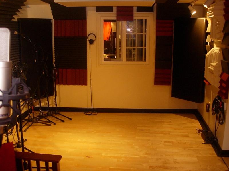 8x10 Drum Room Or Keep Live Room Open Gearslutz Com