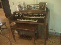 What kind of Hammond organ is this?-hammond.jpg