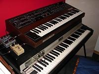 Analog Synthesizers-prophet.jpg