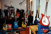 Favorite Guitars?-aots-gear-at172_0001.jpg