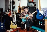 Favorite Guitars?-aots-gear-at172_0002.jpg