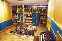 "Is it ok to ""steal"" a studio name?-main-room.jpg"