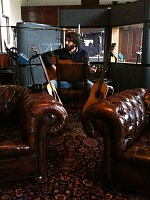 Ray LaMontagne & Pariah Dogs - God Willin'-chairs.jpg