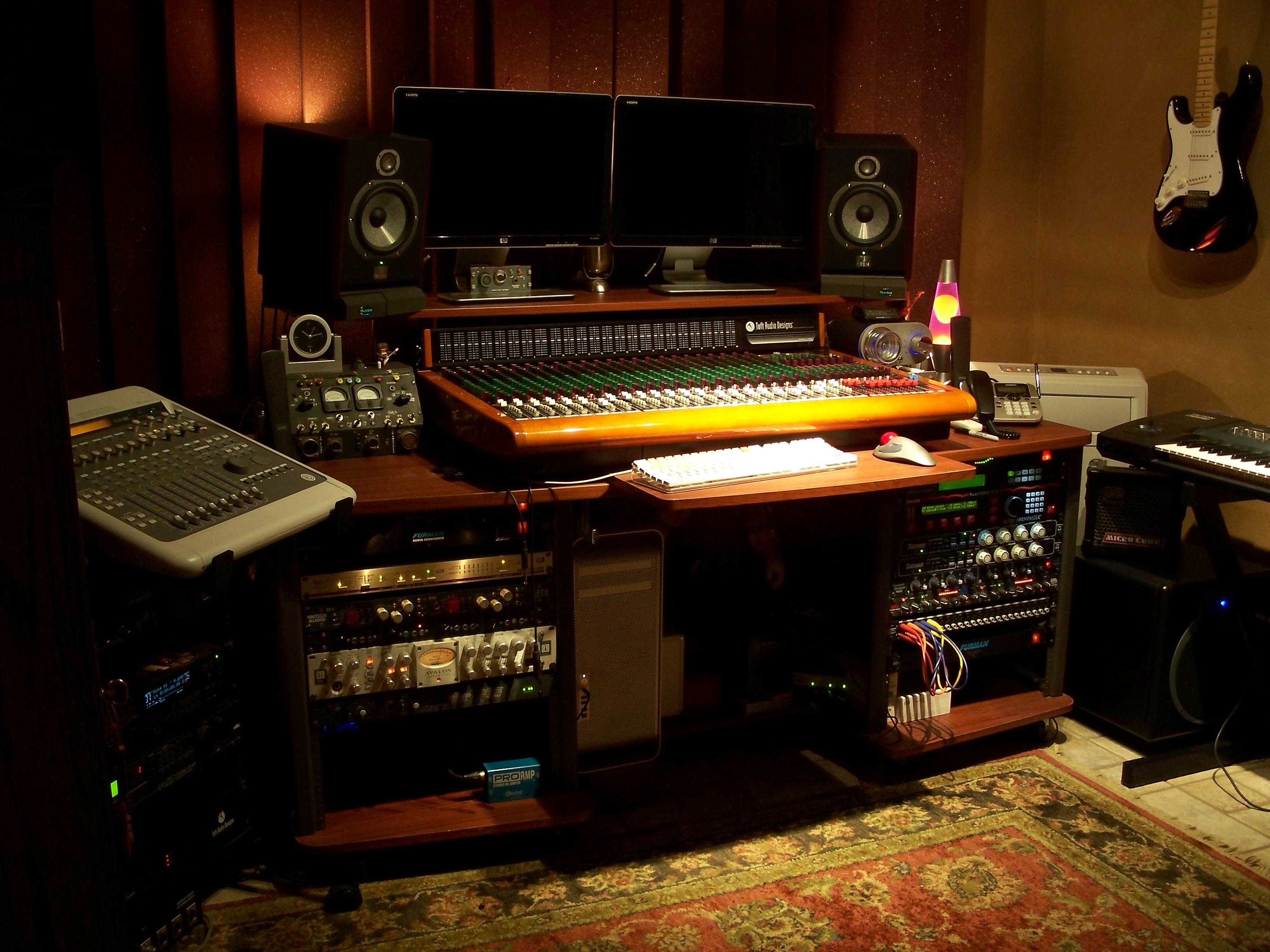 Gearslutz.com - View Single Post - Show me your *small* studio