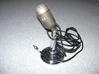 Anyone know what this old RCA mic is?-rca.jpg