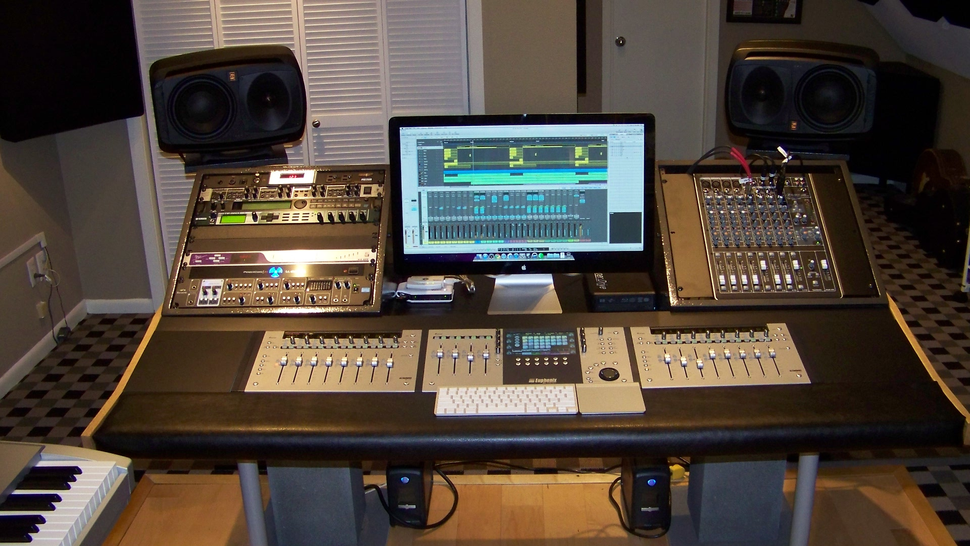 1000 images about studio photos on pinterest recording studio home recording studios and - Home studio ...
