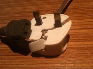 3 Prong Plug >> Broken Power Plug on AKAI S950 need advice - Gearslutz.com