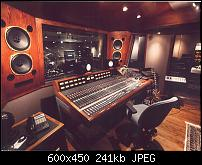 Slash's Guitars Use Your Illusion Album's Mic's, Pre's and any other info-studio2.jpg
