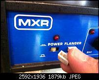 seeking for one button (MXR Flanger rack)-photo-5.jpg