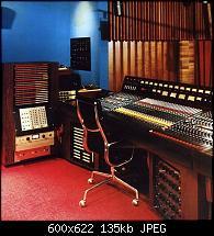 Ultrasonic Studios in Hempstead, NY-ultra-sonic-studios-hempstead-ny-desk.jpg