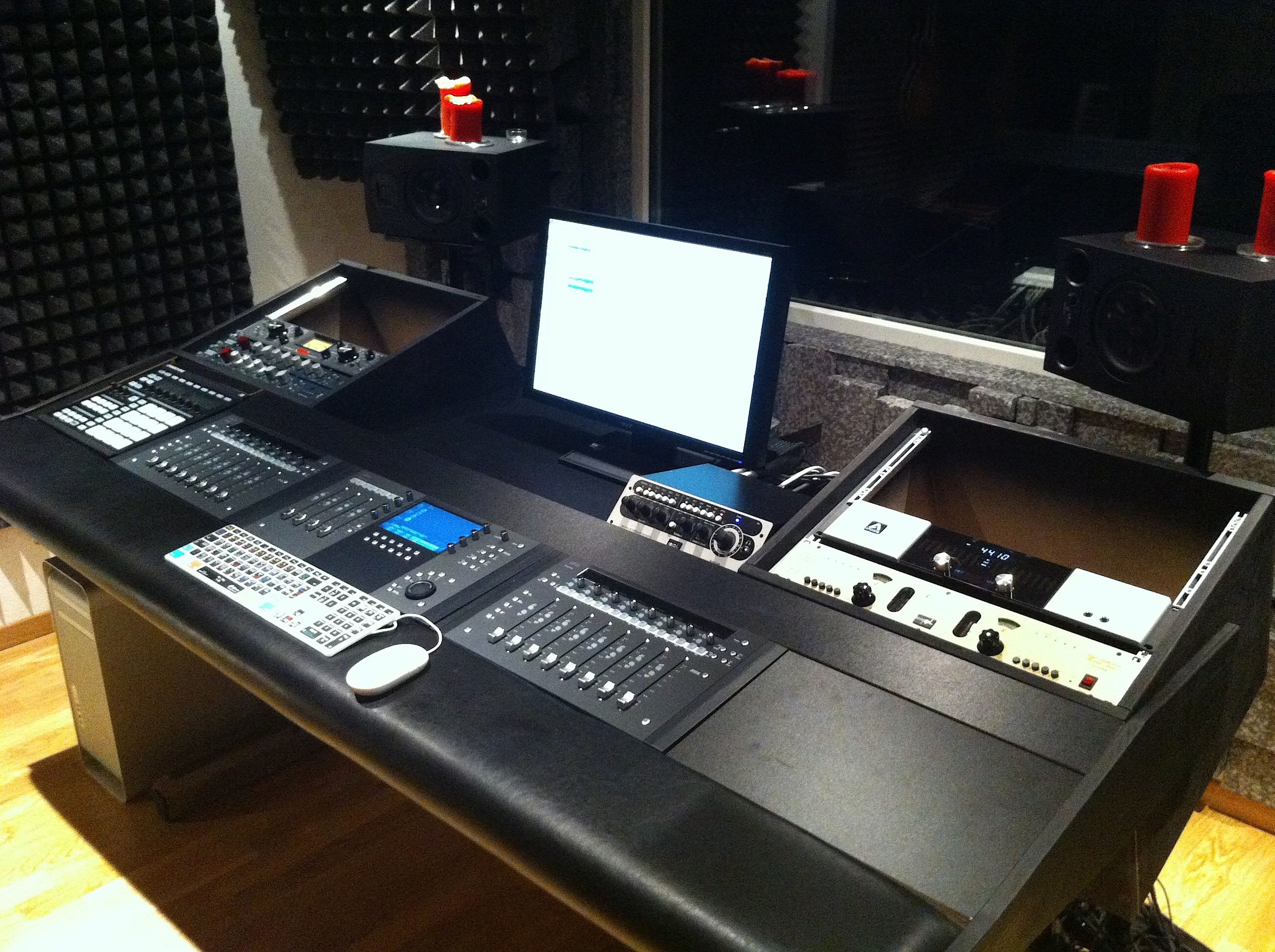 Show Me Your Homemade Or Custom Made Console Studio Furniture NO Premade Bought Page 13