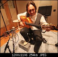 matched mics, is it really worth the extra $$$?-vicente-amigo-guitarist-guy-fletcher-engineer.jpg