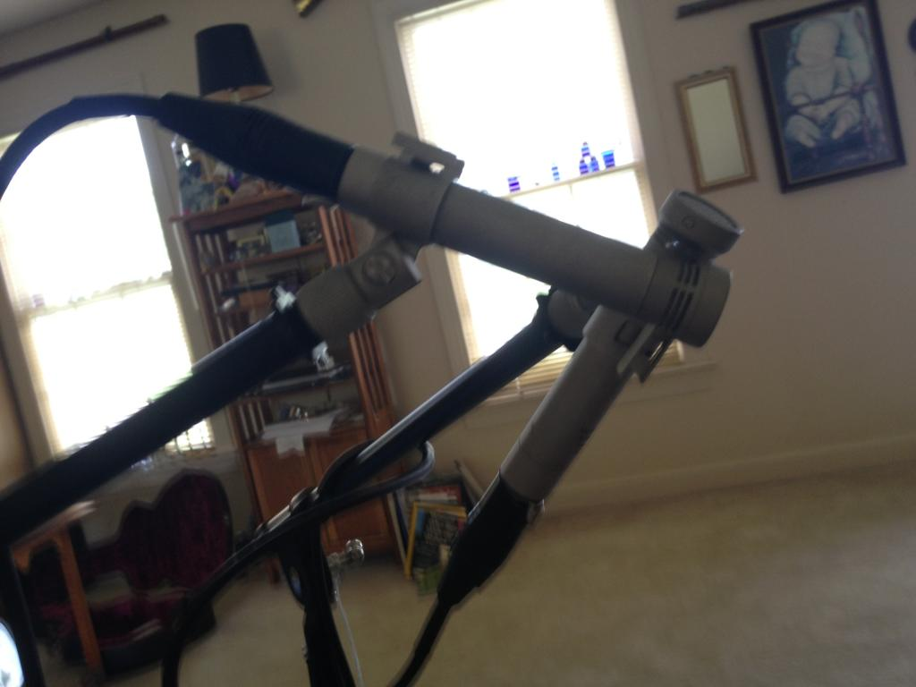 Acoustic Guitar Mic Placement For Singer Songwriter Gearslutz