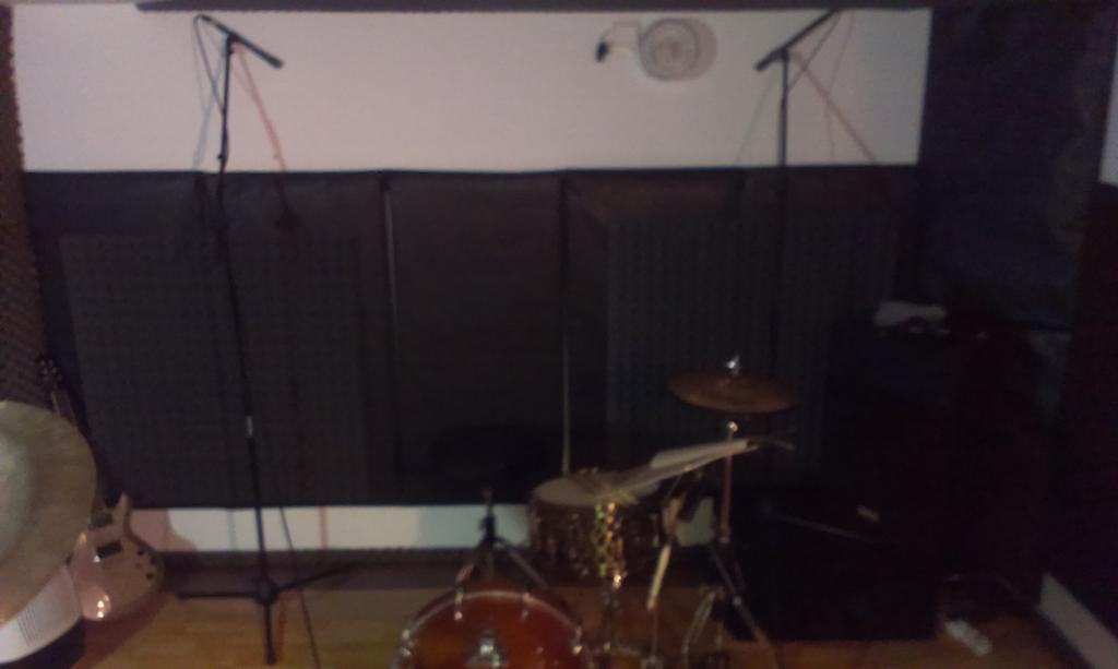 Large comparison of drum overheads positions (photos, samples