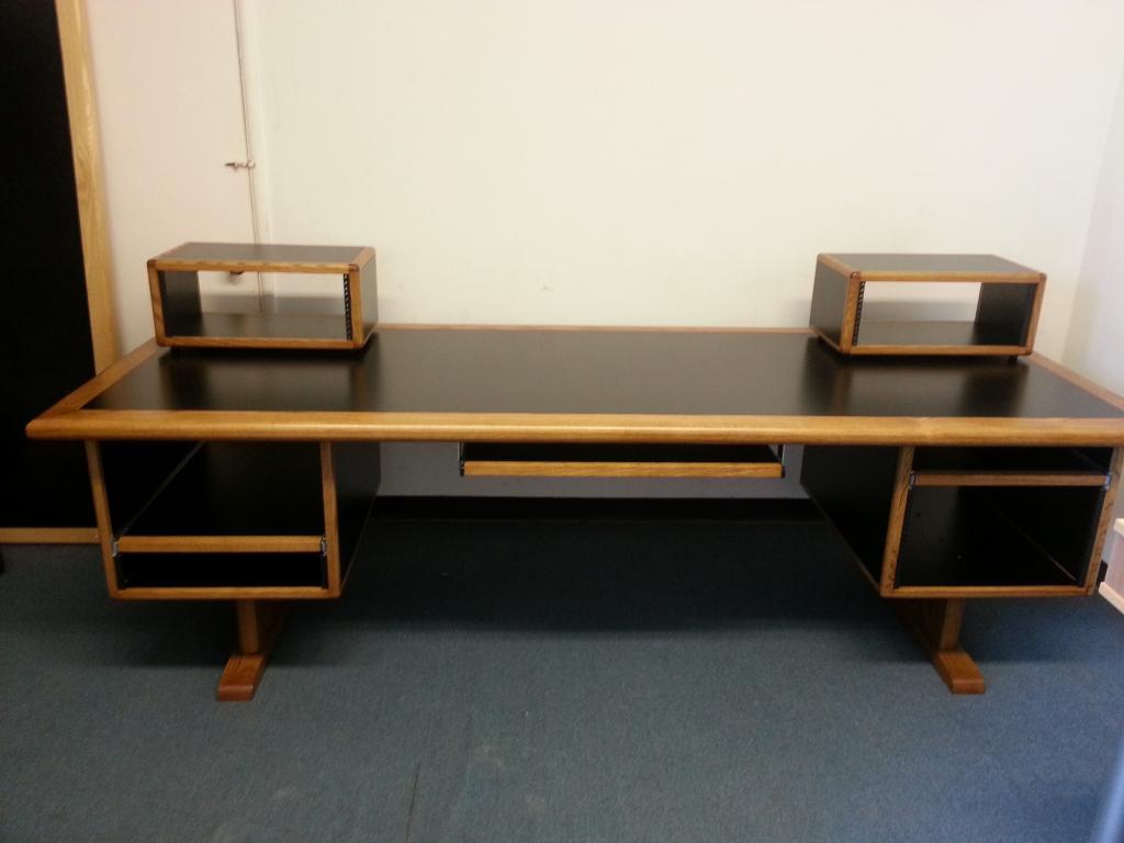Desks and studio furniture best bets page 3 for Studio furniture