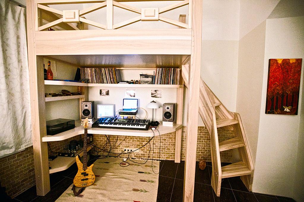 Show me your studio - No setup too small!-r4p3460s.jpg & Show me your studio - No setup too small! - Page 9 - Gearslutz Pro ...