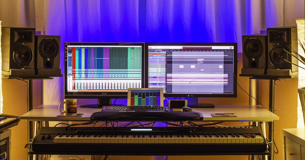 Show Us Pictures Of Your Daw Workstation Desk Set Up