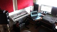 Show us pictures of your DAW workstation/desk set up.-imag0022.jpg