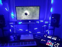 Show us pictures of your DAW workstation/desk set up.-12079333_10153241225123716_871735650863919327_n.jpg