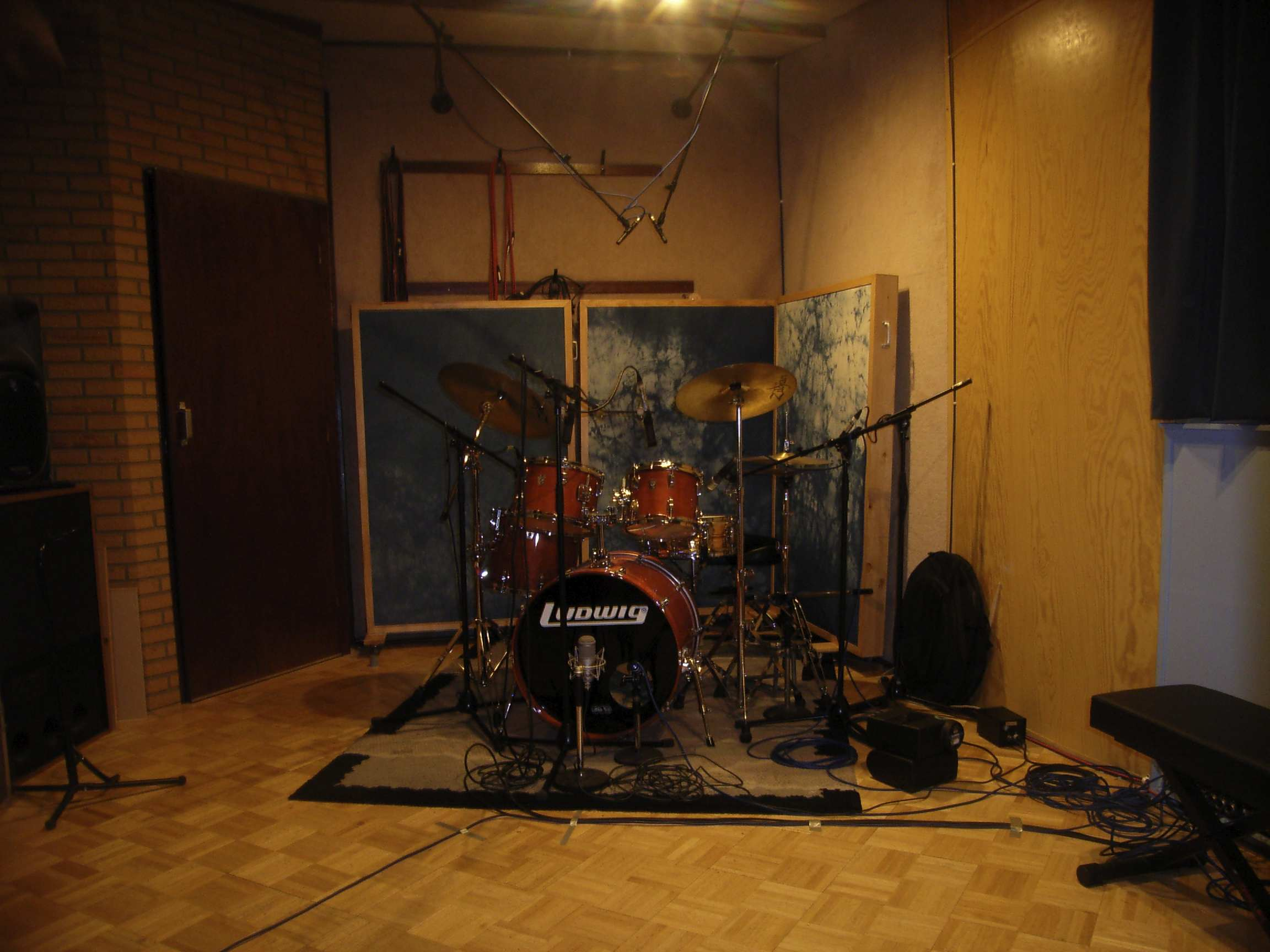 Drum Set For Small Room