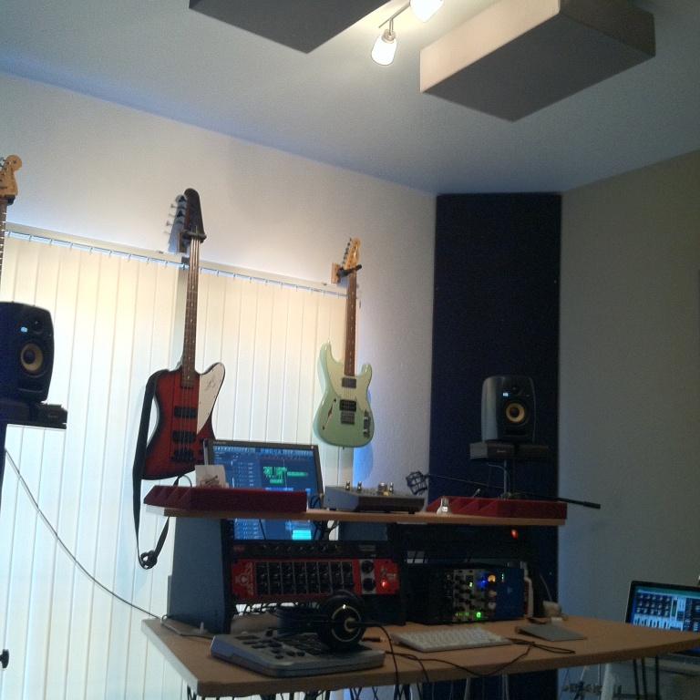 Show Me Your Studio 2016 No Setup Too Small Gearslutz