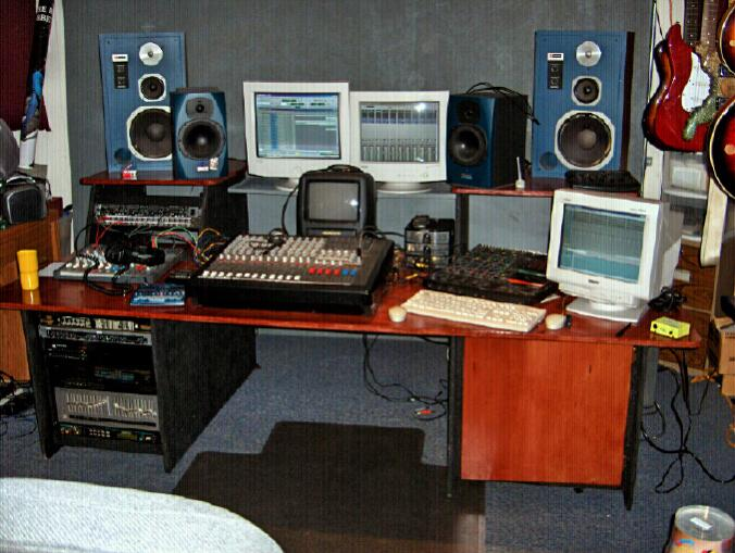 Show Me Your Homemade Or Custom Made Console Or Studio