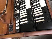 Which Hammond organ is this?-c8875643-d400-4df1-b260-aa35c1488dd8.jpg