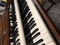 Which Hammond organ is this?-2c61c6d8-e7f9-4eec-802d-14870f5663b6.jpg