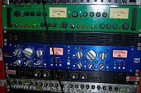Mixing with the old Joe Meek VC1? Your thoughts.-joe-meek-dbx.jpg