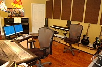 Anyone have a one room studio? Pros and Cons?-studio4.jpg